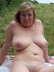 Wives For Cash^amateur Mature Housewives & Milfs Mature Porn Sex XXX Mom Picture Pics