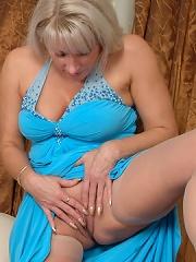Jessica&rolf Mature Prettie And Boy^boys Love Matures Mature Porn Sex XXX Mom Picture Pics