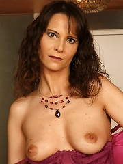 Hot Milf Takes One In The Ass!^over 40 Housewives Mature Porn Sex XXX Mature Mom Free Pics Picture Gallery