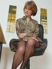 Mrs Barton Office Manager^lady Sonia Mature Porn Sex XXX Mature Mom Free Pics Picture Gallery
