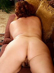Redheaded Bbw Housewife Strokes Her All Natural Furry Mature Bush^all Over 30 Mature Porn Sex XXX Mom Picture Pics