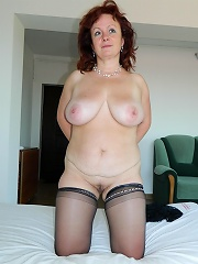 Big Breasted Matue Slut Showing Her Good Stuff^mature Eu Mature Porn Sex XXX Mature Mom Free Pics Picture Gallery