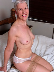 This Mature Slut Loves To Show Her Dirty Stuff^mature Eu Mature Porn Sex XXX Mature Mom Free Pics Picture Gallery